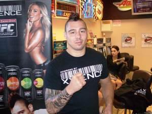 Hardy aposta em Sonnen no UFC 159