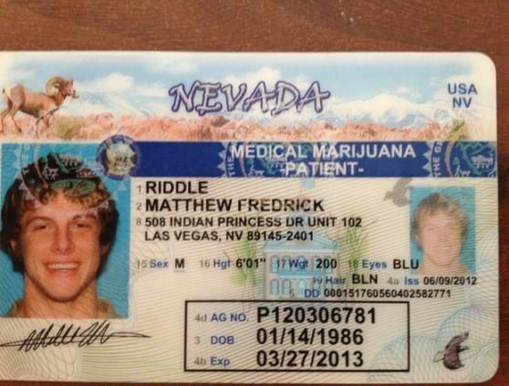 A licença para uso de maconha medicinal do lutador Matthew Riddle (Foto: Reprodução/Twitter)