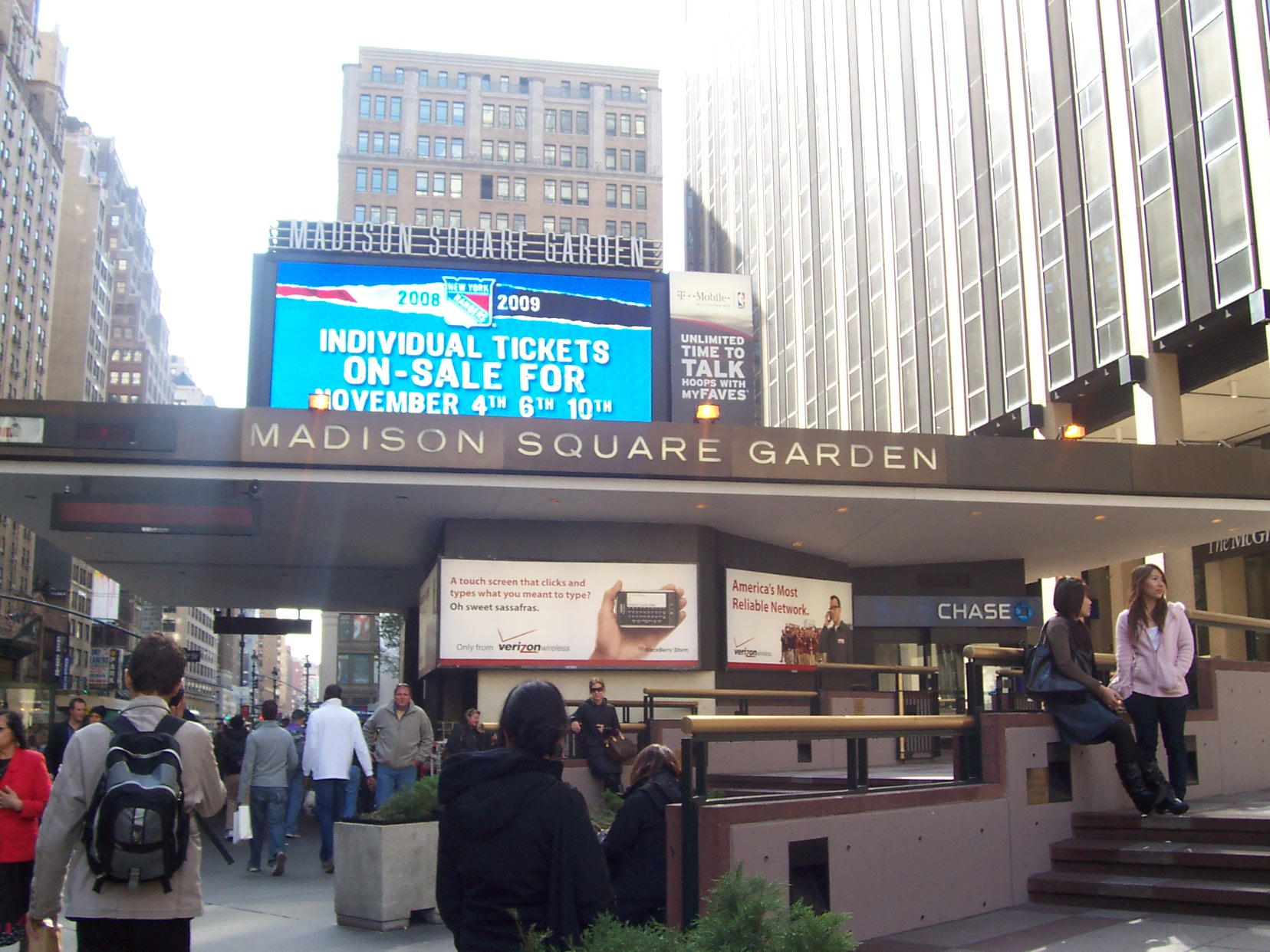 Ufc Planeja Seu Anivers Rio De 20 Anos No Madison Square Garden Com Spider E Jones Blog News Mma