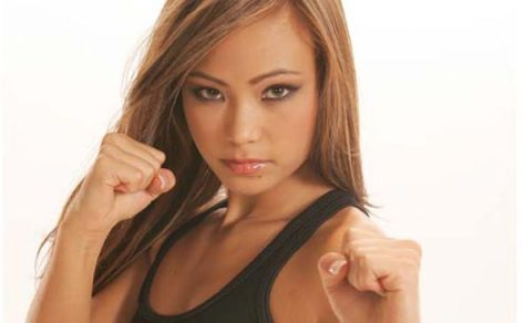 Michelle-Waterson-Karate-Hottie-38