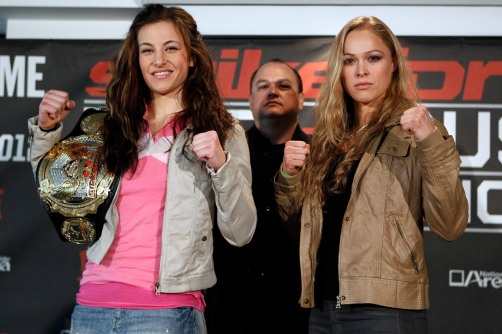 Miesha Tate e Ronda Rousey (Foto: Reprodução)