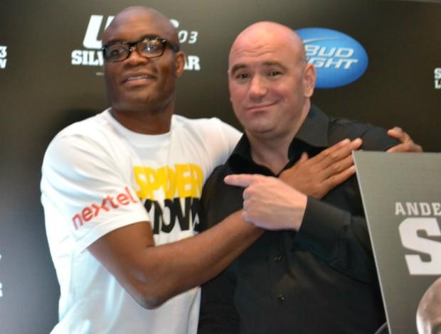 Anderson Silva e Dana White (Foto: Globo/Sportv)